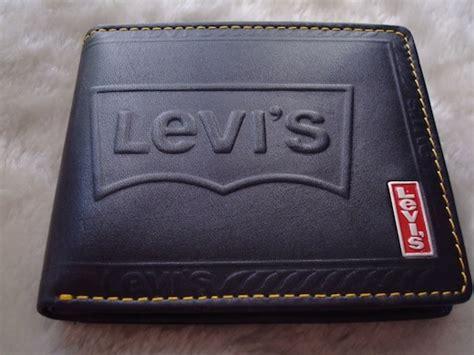 conseils comment choisir un porte feuille porte monnaie porte cartes et non une valise