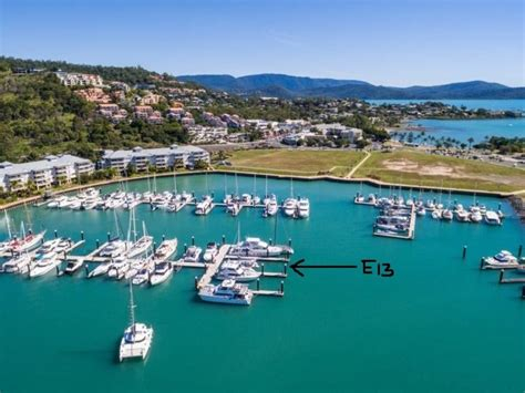 Boat Mooring Airlie Beach by Port Of Airlie 30 M Multihull For Sale Marina Berths And