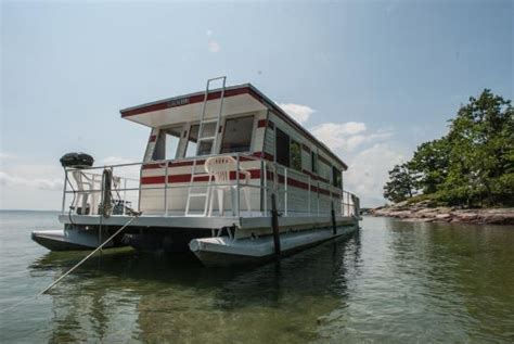 What To Know Before Living On A Boat by Houseboat Holidays Private Day Charters Gananoque