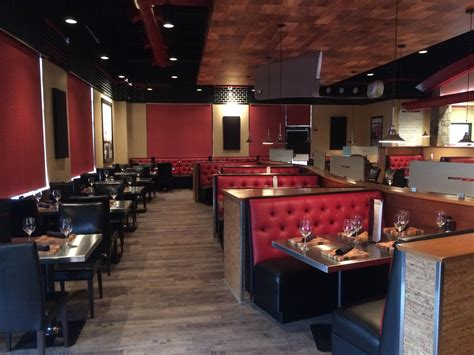 New Steakhouse At Sarasota Square Serious But Not Crazy