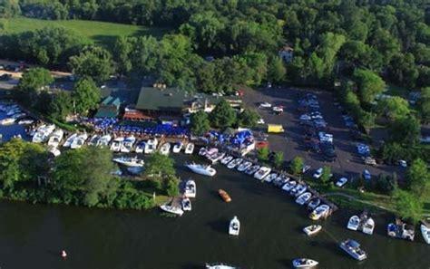 Party Boat Rental On Lake Minnetonka by Minneapolis Boating Guide Boatsetter