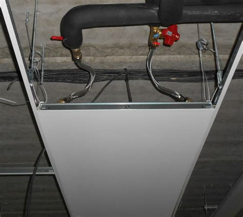 radiateur eau plafond