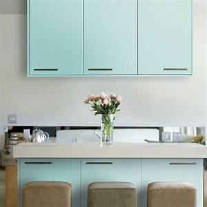 Fronttüren Für Küchenschränke : mit k chenm bellack l sst sich eine alte k che neu gestalten mit der richtigen farbe f r ~ Markanthonyermac.com Haus und Dekorationen