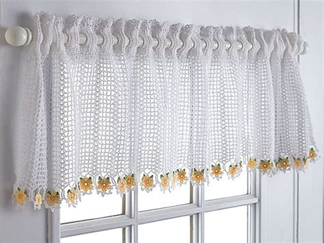 19 Cool Patterns For Crochet Curtains 50 Inch Length Curtains Fly Door Curtain Argos Red And Black Beaded Homemade Rods From Conduit Do You Put Over Vertical Blinds Diy Double Rod Ideas Sheer Overlay Blackout Beatles Yellow Submarine Shower