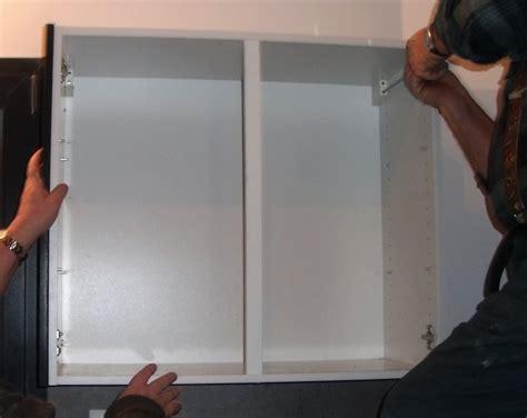 tuto fabriquer une porte de placard en palettes creer un placard mural agaroth