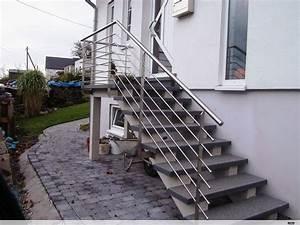 Treppenaufgang Außen Gestalten : metallkonzept t r wintergarten berdachung vordach fenster markise photovoltaik ~ Markanthonyermac.com Haus und Dekorationen