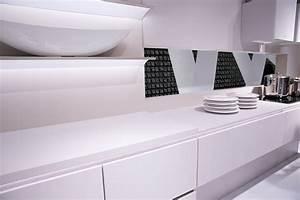 Höhe Arbeitsplatte Küche : die perfekte arbeitsplatte f r die k che planungswelten ~ Markanthonyermac.com Haus und Dekorationen