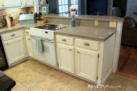 Kitchen Cabinet Makeover {annie Sloan Chalk Paint} Ideas To Decorate A Living Room Red Chairs For Brown Furniture Decorating Small Decor Black Carpet Chandelier In Made The Usa Recliner