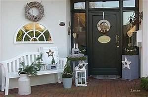 Haus Weihnachtlich Dekorieren : ber ideen zu weihnachtsdekoration f r drau en auf pinterest weihnachten im freien ~ Markanthonyermac.com Haus und Dekorationen