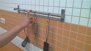 Handtuchhalter Kleben Statt Bohren : k chenreling ohne bohren befestigen tipps und tricks ~ Markanthonyermac.com Haus und Dekorationen