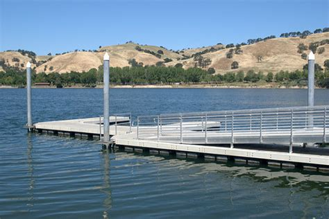 Lake Del Valle Boat Rental Fees by 10 East Bay Beaches Pools To Keep Cool This Summer