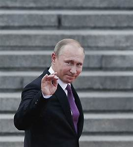 May phones Putin: PM in Russia talks to improve 'political ...