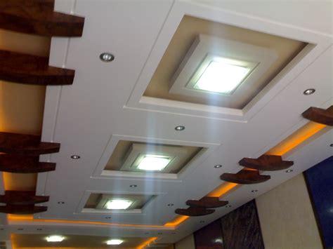 d 233 coration en pl 226 tre pour plafond en belgique