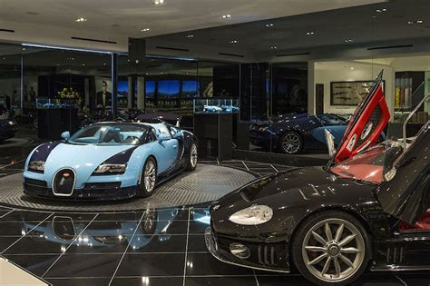 luxury garage   Interior Design Ideas.