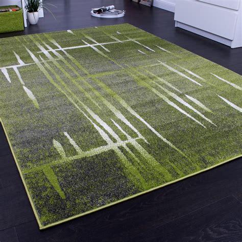 tapis design moderne poil court trendy vert gris cr 232 me mouchet 233 tous les produits