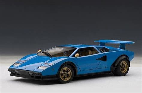 autoart lamborghini countach lp500s walter wolf edition blue 74652 in 1 18 scale wolves