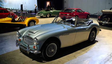 4 Things To Know Before You Purchase A Classic Car