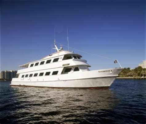 Party Boat Rentals West Palm Beach by Palm Beach Yacht Charter Best Yacht Charters In Palm