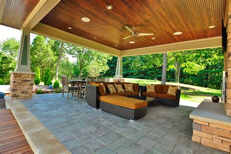 Outdoor Spaces : 3 Ideas For Designing An Outdoor Living Room
