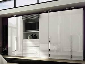 Kleiderschrank Mit Fernsehfach : multi forma ii wardrobe with built in tv by h lsta werke h ls ~ Markanthonyermac.com Haus und Dekorationen