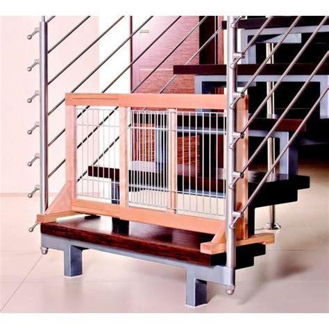 barri 232 re de porte escalier en bois hauteur 50 cm