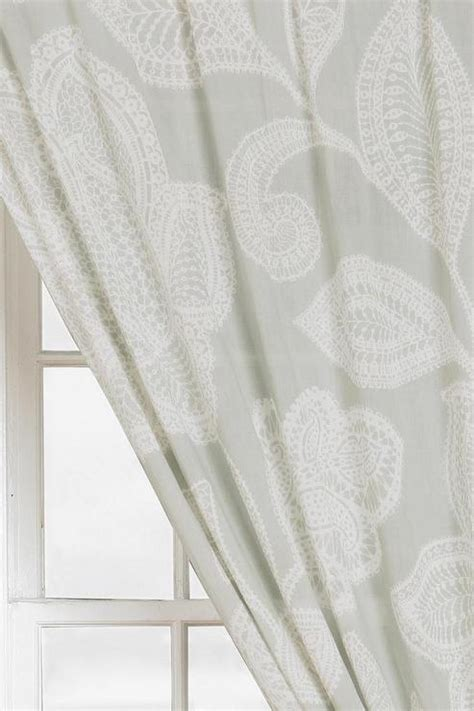 plum bow sugarplum lace curtain i outfitters