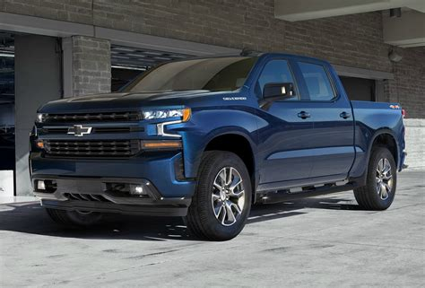 New, 2019 Chevy Silverado Debuts With Diesel Engine, 450