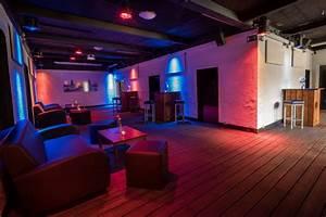 Bar Mit Tanzfläche Berlin : partyraum in friedrichshain f r geburtstag mit au enbereich partyraum berlin mitte ~ Markanthonyermac.com Haus und Dekorationen