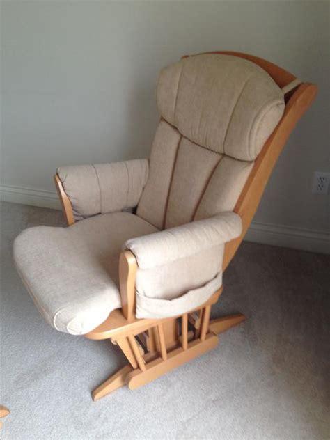 dutailier glider nursing chair and rocking stool oak bay