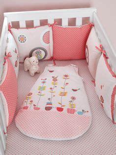 tour de lit b 233 b 233 modulable chambre souris zette moyen uni avec decor vertbaudet enfant