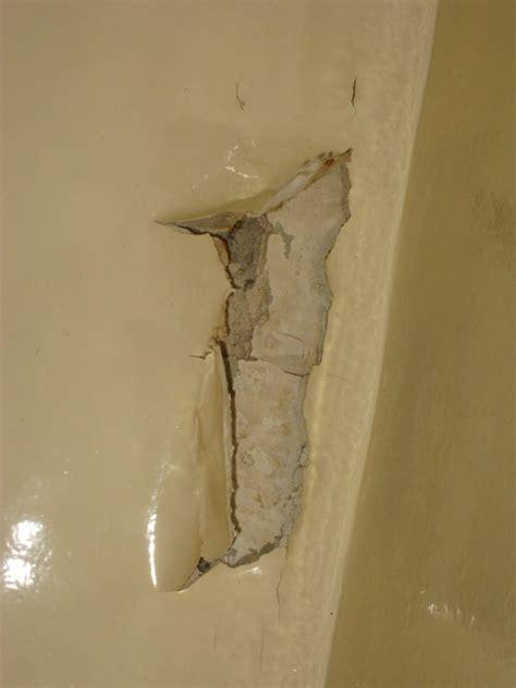 forum travaux r 233 novation salle de bains peintures se d 233 colle humidit 233 murs plafond fuite voisin