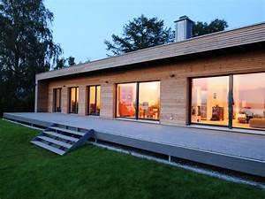 Haus Bungalow Modern : fertighaus von baufritz bungalow modern ~ Markanthonyermac.com Haus und Dekorationen