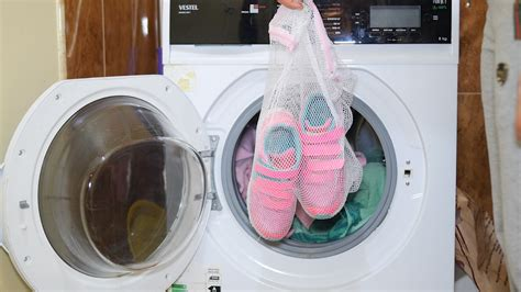 How To Make Your Sneakers Look New Again 15 Steps (with