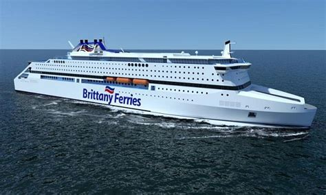 Difference Between Catamaran And Ferry by Indoor Pools Pet Cabins And Gas For Fuel Brittany