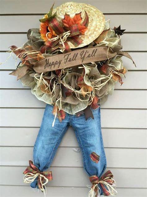 Best 25+ Scarecrow Wreath Ideas On Pinterest  Halloween Burlap Wreaths, Halloween Door Wreaths