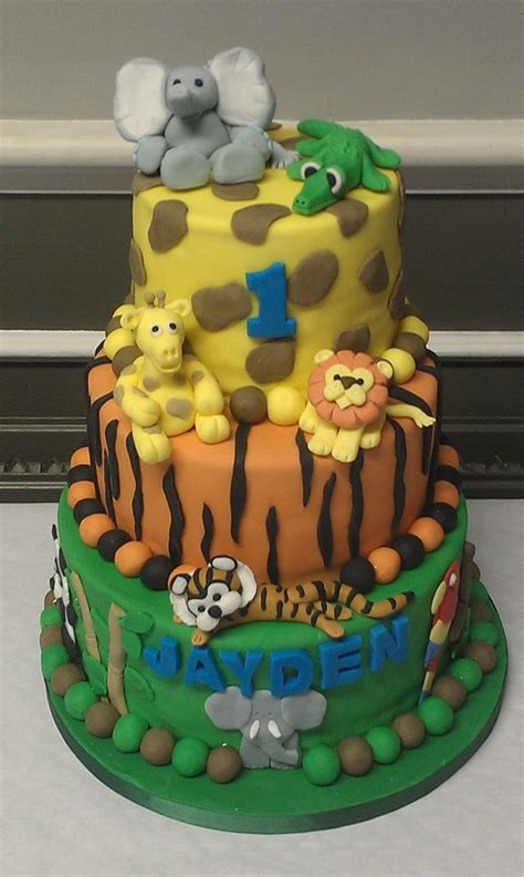 jungle theme cake jungle theme birthday cake by twilightamnesia75 on deviantart