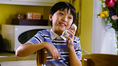 Fresh Off The Boat Ride The Tiger Watch Online Free by Watch Fresh Off The Boat Season 3 Episode 21 Pie Vs Cake