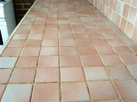 Cleaning A Ceramic Tiled Kitchen Worktop In Brighton