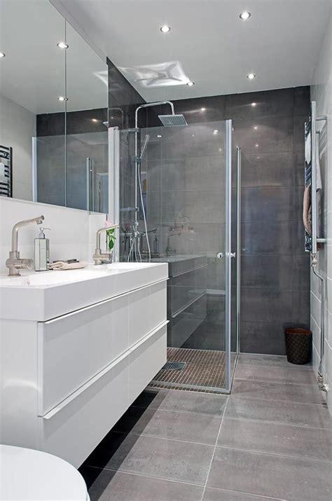 les 25 meilleures id 233 es de la cat 233 gorie salles de bains blanc gris sur salles de
