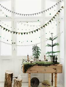 Hängende Deko Fürs Fenster : weihnachtsschmuck im skandinavischen stil 46 ideen wie sie das zuhause zu weihnachten dekorieren ~ Markanthonyermac.com Haus und Dekorationen