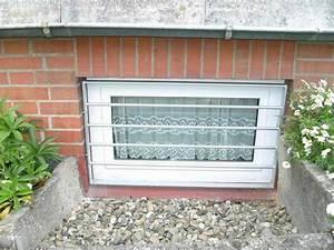 Gitter Für Kellerfenster : kellerfenstergitter aus feuerverzinktem stahl ~ Markanthonyermac.com Haus und Dekorationen