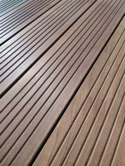 terrasse bois en ipe toulouse 31 occitanie lames ipe lisses ou stri 233 es ets daussion