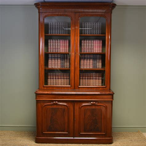 Magnificent Large Victorian Figured Mahogany Antique