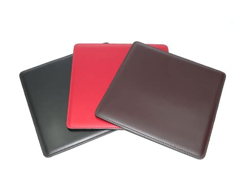 tapis souris en cuir ts700 noir