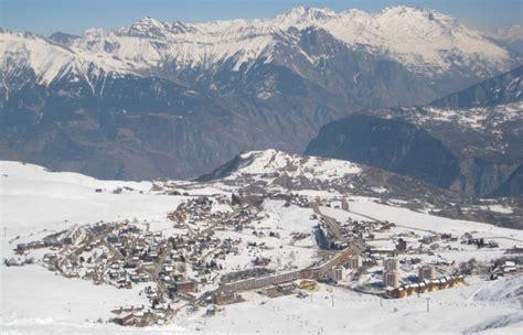 la toussuire les sybelles alps map routes climbs