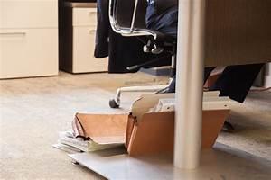 Schreibtisch Wohnzimmer Lösung : schreibtisch wackelt das k nnen sie tun ~ Markanthonyermac.com Haus und Dekorationen