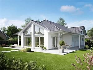 Moderne Häuser Walmdach : bungalow cumulus einfamilienhaus von heinz von heiden barrierefreies haus mit ~ Markanthonyermac.com Haus und Dekorationen