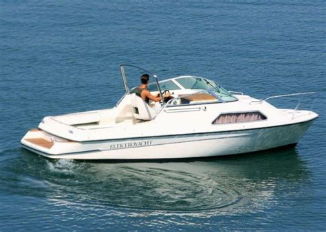 Motorboot Leihen Starnberger See by Marian Capriole 700 Gastl Boote