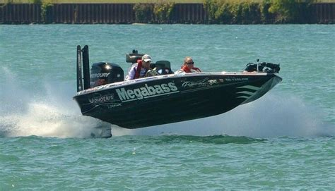 Phoenix Bass Boat Vs Legend only in a phoenix bikes and cars pinterest