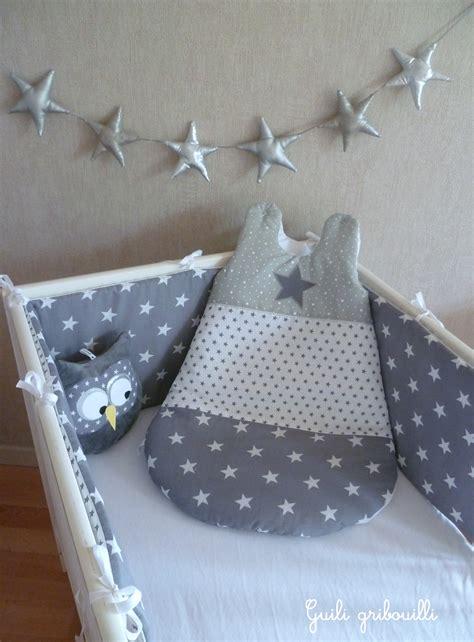 tour de lit et gigoteuse 233 toile patchwork gris argent 233 183 guili gribouilli linge de lit et de